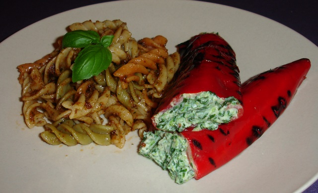 stuffed-pointed-peppers-with-pasta